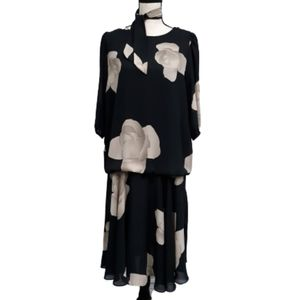 Vintage Darcy Floral Dress with Scarf